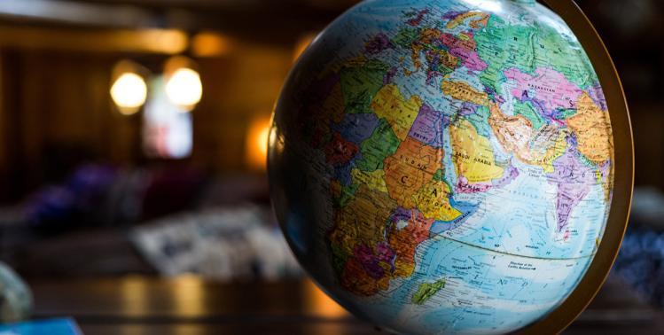 globe-economy.jpg