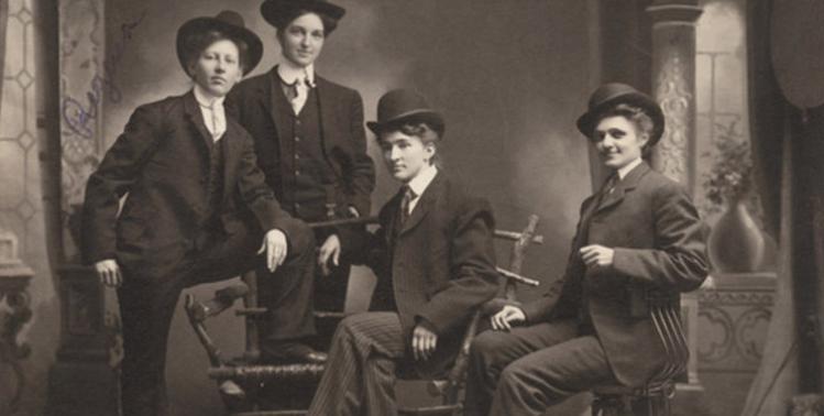 women-dressed-as-men-old-west-crop.jpg